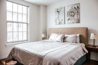 CharlestonBoston Bedroom02