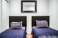 CharlestonBoston Bedroom03