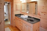 WinghavenDrive Bathroom