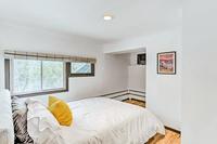 SinclairRoad Bedroom02