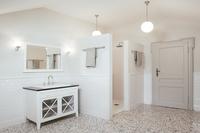 VillaOrsi Bathroom03