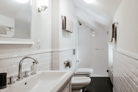 VillaOrsi Bathroom04