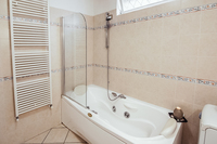 PeruginoResidence Bathroom02