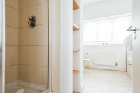 CambridgeStreet Bathroom02