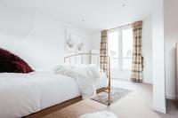 CambridgeStreet Bedroom03