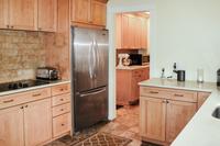 BranderParkway Kitchen02