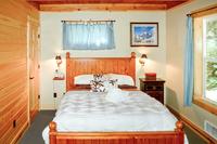 AlpineRoad Bedroom01