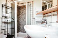 VillaMaura Bathroom