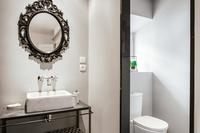 RouteduSapenay Bathroom03