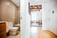 CalleBalmesResidence Bathroom02