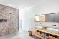 CheminCroixdesVertuesResidence  Bathroom04