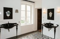 TheMayVilla Bathroom