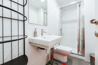 CarrerdelaMuntana Bathroom03