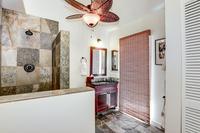 Waine'eStreet Bathroom03