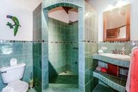 CasaMilagro Bathroom02