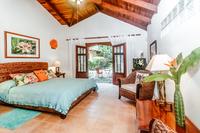 CasaMilagro Bedroom03