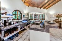 CasaMilagro Kitchen