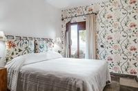 AlGelsoBianco Bedroom03