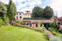 The Tettoia Residence