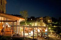 MonacheRestaurantNight02
