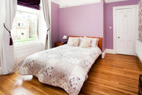 QueenMaryBedroom03