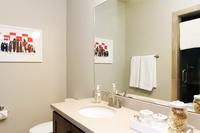 Sierra_Bathroom03