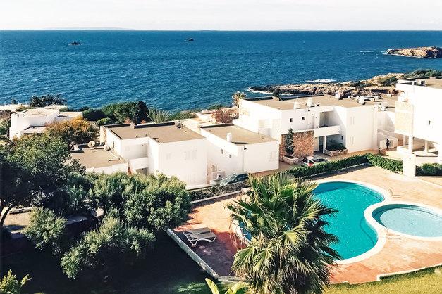 Family vacation rental the roca llisa residence ibiza - Residence de standing saota roca llisa ...