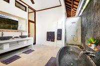 SanurBathroom01 2