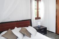 OtziasBedroom 03