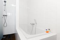 WillemsparkwegResidenceNo3Bathroom 01