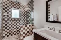 DeerBoulevard Bathroom02