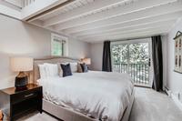 DeerBoulevard Bedroom05