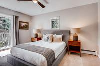 DeerBoulevard Bedroom06