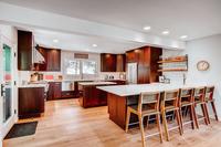 DeerBoulevard Kitchen