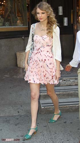 Taylor in a lovely pink floral dress