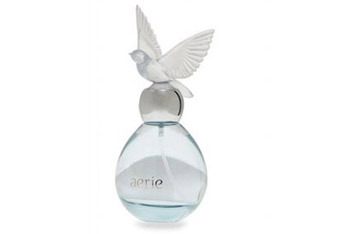 American Eagle Aerie Fine Fragrance, $34.50 - A fresh floral and musk with blue freesia