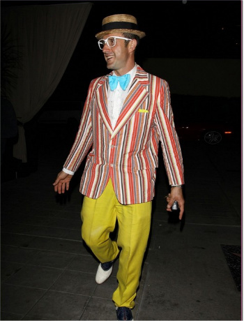 David Arquette was clowning around in his fun outfit