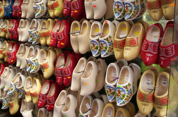 """In Holland special """"St. Nick"""" shoes are made for gifts"""