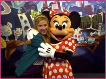 Caroline give Minnie a hug!
