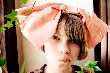 Tavi has been a style-savant since the age of nine, and took to the web to prove it