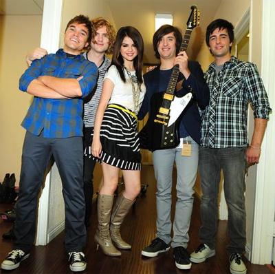 Choice Music: Group :: Selena Gomez and the Scene
