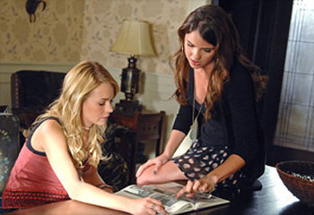 Diana and Cassie talk about how she can learn to control her magic through learning more about her real dad