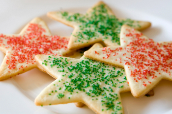 Instead of using pot pourri or scented paraffin candles, make cookies to make your place smell great!