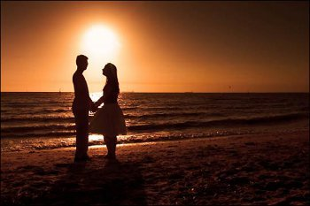 Whether you go to play sports, splash in the waves or watch the sunset, the beach is a no fail romantic date spot