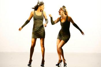 Glee: Season 3, Episode 17 :: Dance with Somebody