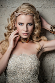 Gold is another timeless classic, tying the look together with gold accessories and a hint of makeup