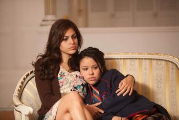 Eva Mendes as Gloria and Cierra Ramirez as Ansiedad