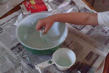 Cornstarch and Water Make Quicksand