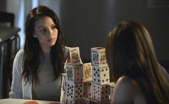Aria asks Mona if she's still in league with A