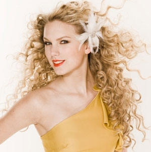 Taylor Swift exercising her freedom to accessorize wildly